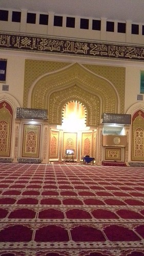 Ornamen Bagian Depan (Perisai Muslim, Rantai, 8 Pedang Sabulilah) Mesjid Agung Madani Islamic Centre (Pasir Pangaraian Rokan Hulu, Kamis 5/5/2016)