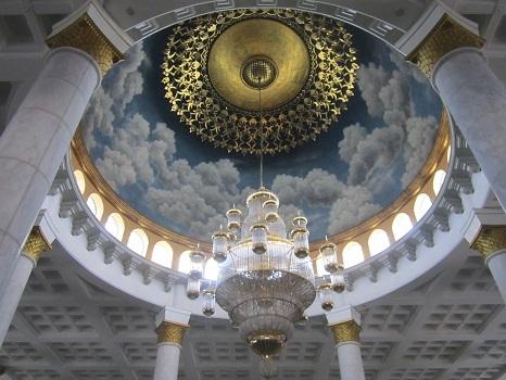 Langit-langit Kubah (Masjid Kubah Emas Depok, Jumat 19 Agustus 2016)