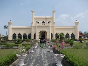 1024px-Siak_Palace