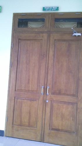 Pintu Khalid Bin Walid (Mesjid Agung Madani Islamic Centre Pasir Pangaraian Rokan Hulu, Kamis 5/5/2016)
