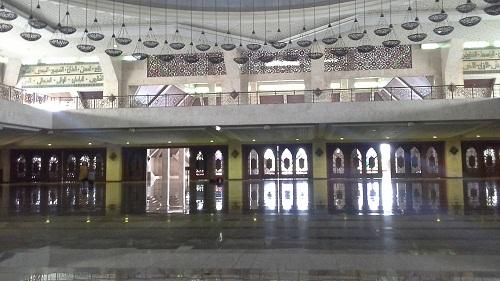 Arsitektur Unik dengan Pola Gunungan Wayang pada Setiap Pintu dan Jendela Mesjid Agung At-Tin TMII Jakarta Timur  (Rabu 17 Agustus 2016)