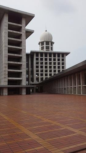 Kubah Kecil Gedung Pendahuluan Masjid Istiqlal Jakarta  (Kamis 18 Agustus 2016)
