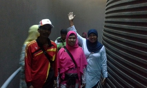 Dokumentasi Foto di Lorong Cerobong Museum Tsunami Aceh (Banda Aceh Jumat, 30 Desember 2016)